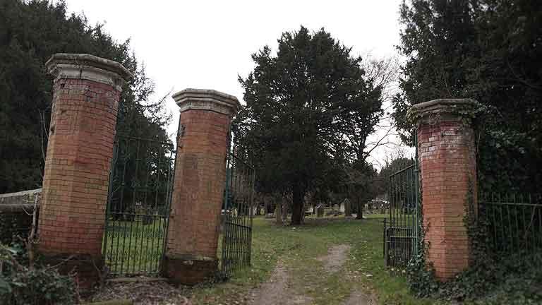 https://www.rectorylanecemetery.org.uk/wp-content/uploads/2018/12/gates-decay.jpg